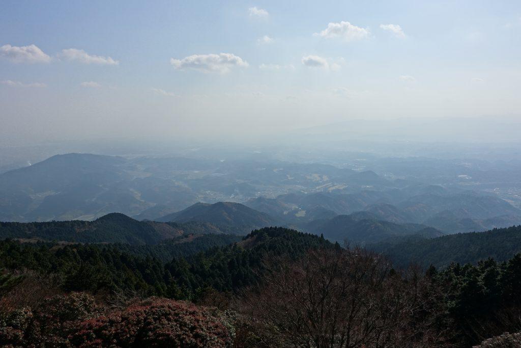 三重経ヶ峰山頂から01