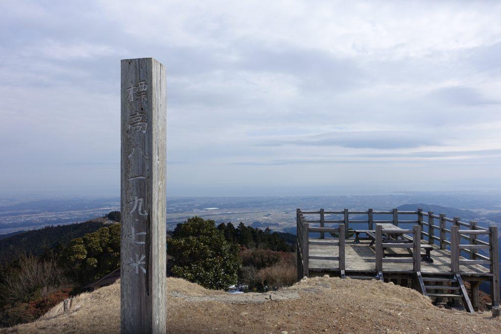 三重 経ヶ峰 冬の山頂から01