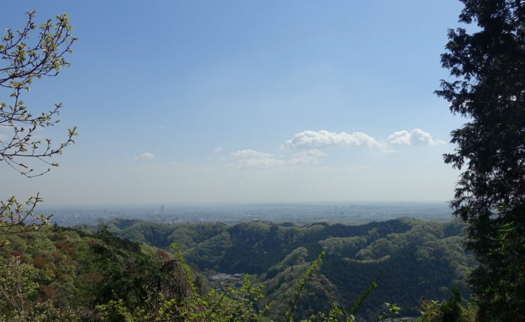東京高尾山 稲荷山東屋付近からの展望