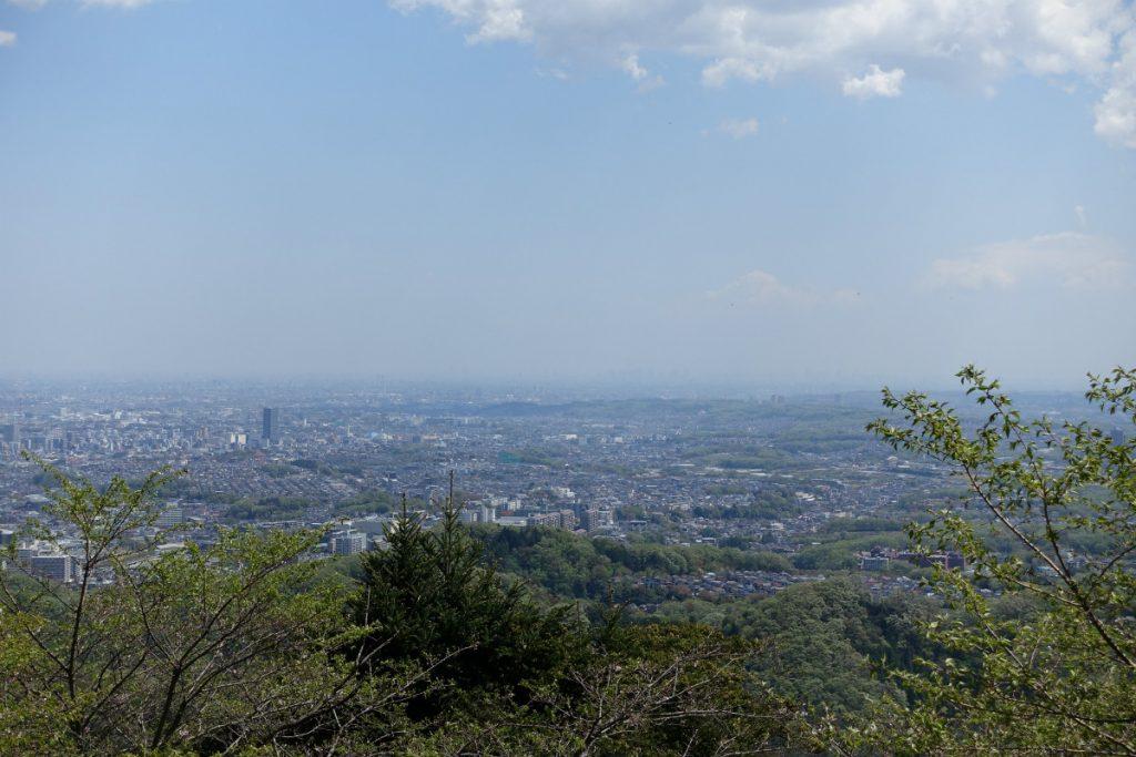 東京高尾山一号路 都心方面の眺め