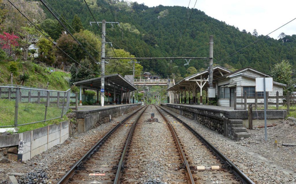 東京本仁田山 鳩ノ巣駅